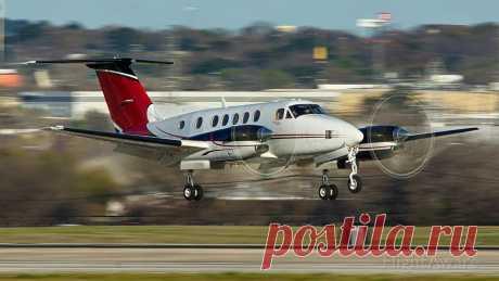 Фото Beechcraft Super King (N19MC) ✈ FlightAware