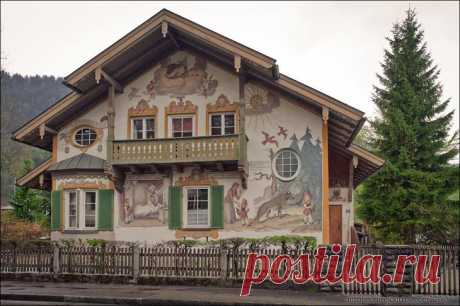 As the painted Alpine small village looks