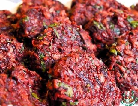 Свекольные котлеты с паприкой и овсянкой – кулинарный рецепт