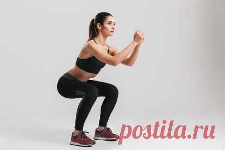 НАРОДНЫЙ МЕДИК, [18.08.21 16:30] #СПОРТдляздоровья   Приседание   Приседание - универсальное упражнение, при выполнении которого задействуются ноги, пресс, спина и ягодицы. При правильном подходе желаемый результат достигается через несколько недель.  В процессе выполнения упражнения в работе задействуются сразу несколько групп мышц и суставов. Работают мышцы: икроножная, подколенная и большая ягодичная, квадрицепс.  Приседания улучшают физическое развитие, повышают выносл...