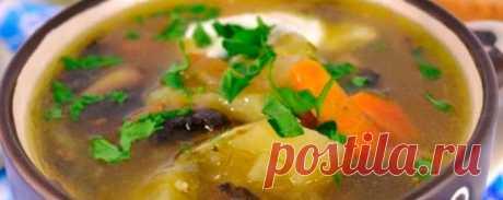 Грибной суп с маринованными огурцами в мультиварке | Кулинарный портал