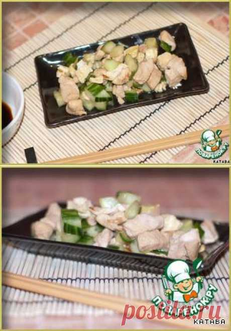 Нежная курочка по-японски с огурцами и омлетом - кулинарный рецепт