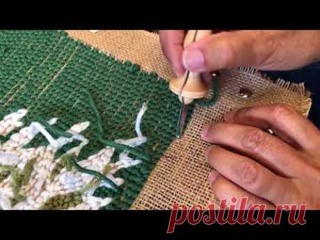 Making a Hooked Christmas Pillow Cover Using an Oxford Punch Needle