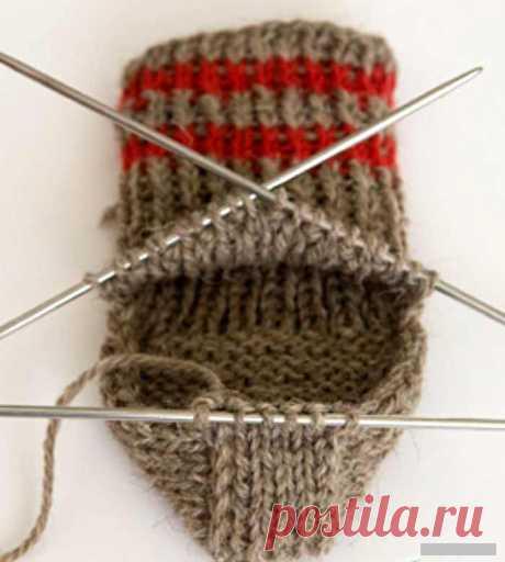 Вязание носков спицами для начинающих пошагово с подробными схемами, инструкциями, описанием