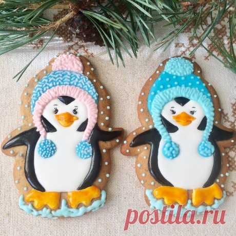 Скоро зима, пингвинчики одели шапки.Пряники имбирно-медовые.