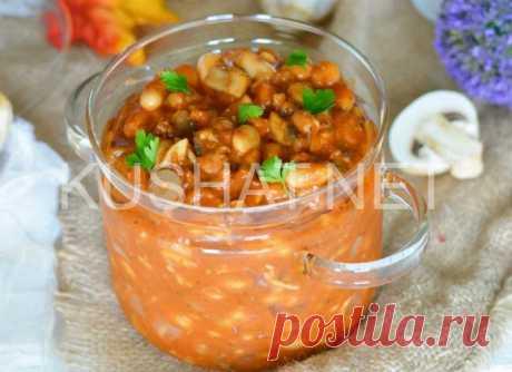 Тушеная фасоль с грибами и колбасой. Рецепт с фото | Кушать нет