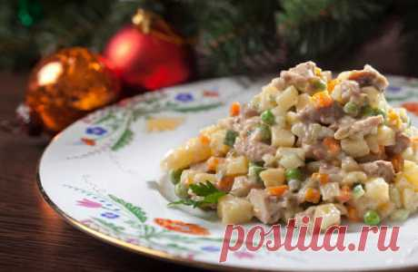 Салат «Столичный» с курицей по рецепту Арама Мнацаканова: не помню, когда готовил что-либо вкуснее!