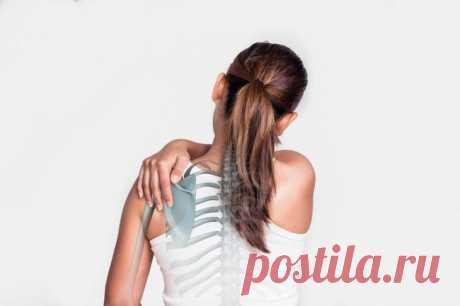 Болезни плечевых суставов: симптомы, лечение
