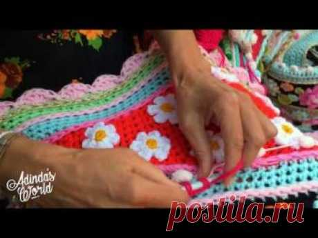 Decorate your happy crochet shawl, wrap or stola with pompom yarn, see how it works! Adinda's World®