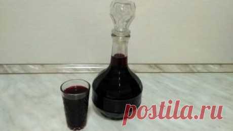 Домашний ликер из черной смородины