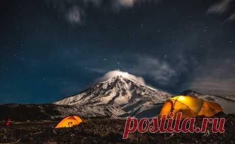Ночь под Корякским вулканом, Камчатка.
