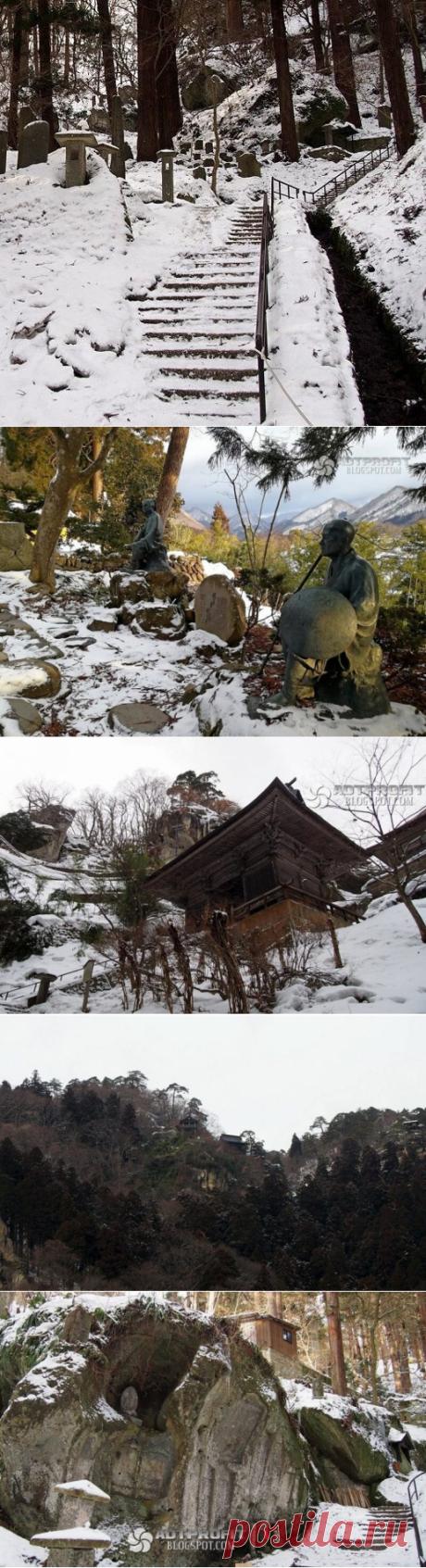 Ямадера: храм тысячи ступеней / Туристический спутник