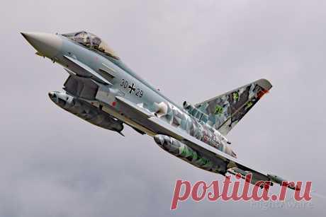 Фото EF20 (N3029) - FlightAware