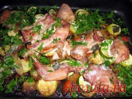 El conejo cocido con el berro y la albahaca - los Segundos platos - Smak.ua