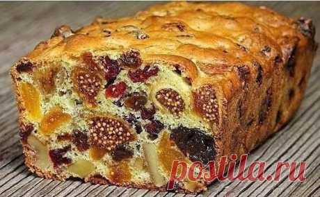Кекс Мазурка с сухофруктами и орехами  Кекс Мазурка с сухофруктами и орехами — это ароматный десерт с насыщенным, ярким вкусом, готовится очень просто и быстро.   Состав: Смесь из орехов и сухофруктов — 300-400 гр.(грецкие орехи, курага, изюм, чернослив, сушеная клюква и инжир) Яйца — 2 шт. Сахар — 6 ст. л. Мука — 6 ст. л. Разрыхлитель — 1/2 ч. л.   Приготовление: Шаг 1: Курагу, орехи, инжир и чернослив порезать на кусочки и перемешать с остальными сухофруктами. Шаг 2: Яйц...