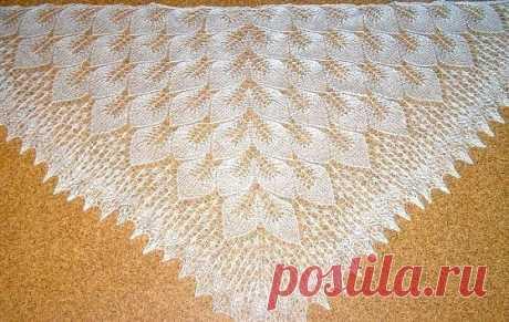 """Шаль """"Замерзшие листья"""" Для вязания такой шали необходимо около 50г кид-мохера длиной 500м (на 50г). Спицы 3-4 мм, по желанию . повязалочки"""