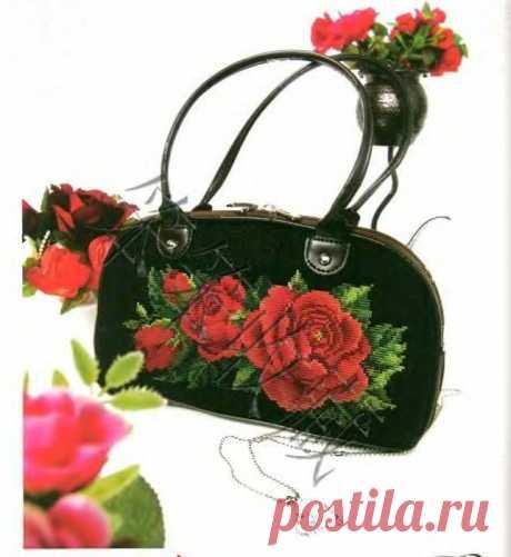 Вышитые сумочки с розами