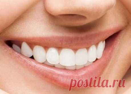 Способы отбеливания зубов - народные и стоматологические Способы отбеливания зубов: лимоном, солью, содой, активированным углем и стоматологические, видео с советами практикующего врача стоматолога