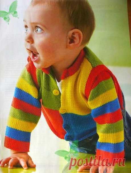 Жакет со съемными рукавами для малыша  Размер: 62(68/74)80.  Для вязания жакета Вам потребуется: Показать полностью…