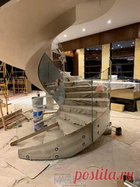 Изготовление лестниц, ограждений, перил Маршаг – Моллированные лестничные перила