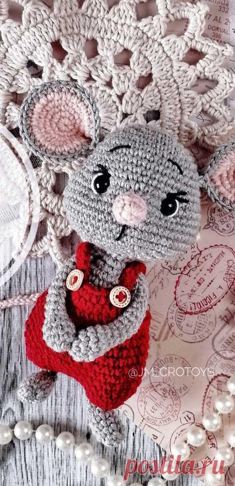 PDF Мышонок Веня крючком. FREE crochet pattern; Аmigurumi doll patterns. Амигуруми схемы и описания на русском. Вязаные игрушки и поделки своими руками #amimore - Мышь, мышка, мышонок, крыса.
