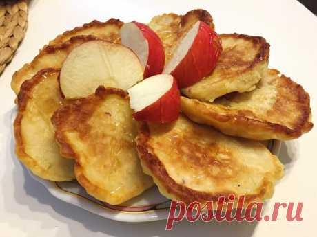 Оладьи с яблоками: старинный рецепт | Русская деревенская кухня | Яндекс Дзен