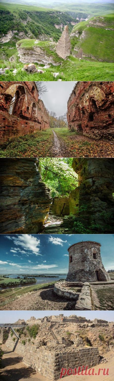 Замки России: прекрасные и неизвестные / Туристический спутник