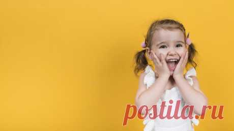 Кумон, кораблик и головоломки: что подарить дошкольникам на 1 сентября Пусть малыши и не идут в школу, их тоже можно порадовать подарками: чтобы 1 сентября ассоциировалось с приятными эмоциями. Предлагаем свой вариант подарка — пусть это будет хорошая, полезная или красивая книга. Составили праздничную подборку для детей до 7 лет. #mifdetstvo #издательствомиф #папамамам