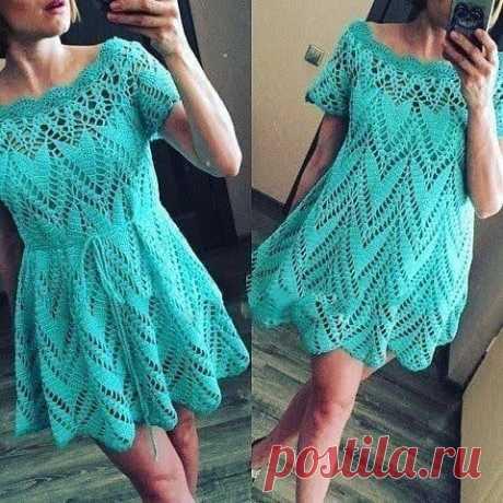 Летнее вязаное платье крючком — схема