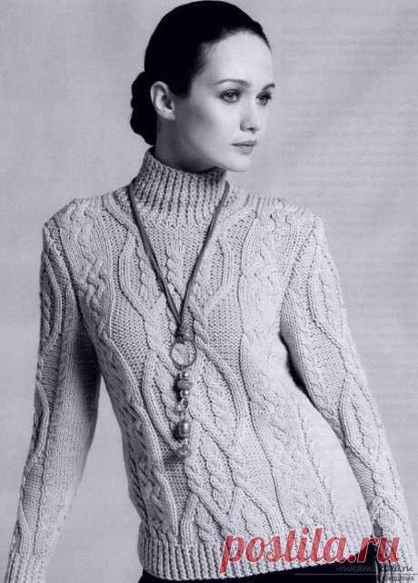 Вяжем женский пуловер спицами - нежные ромбы из кос