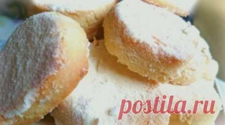 Печенье настолько нежное, что тает во рту: делюсь рецептом десерта без яиц и соды