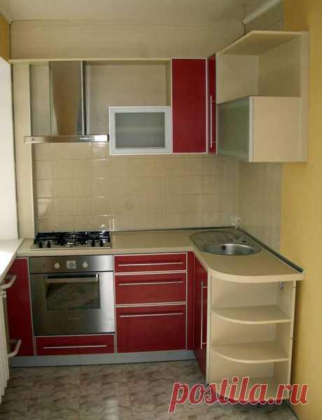 Дизайн кухни в хрущевке с газовой колонкой . Фото