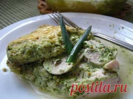 Куриное филе с зеленью и сыром