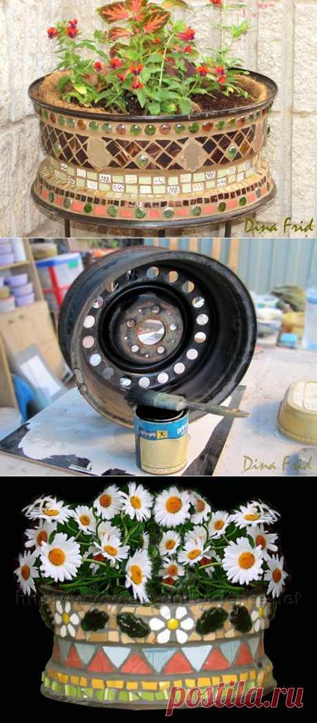 Мозаичные вазоны из колес..