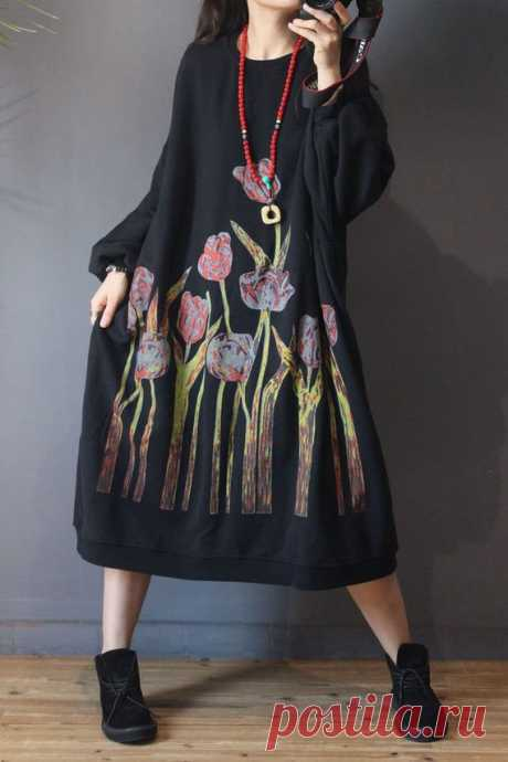 Women's Loose bat sleeves dress, oversized dress for Women, Cotton dress long 【Fabric】 Cotton 【Color】 black 【Size】 Shoulder width is not limited Shoulder + sleeve length 62cm / 24 Bust 160cm / 62 Length 108cm/ 42  Have any questions please contact me and I will be happy to help you.