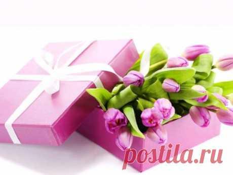 Поздравления с 8 марта для женщин 2020: в стихах, прозе, смс