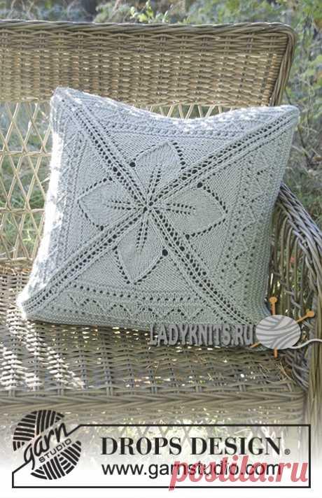 Вязаная спицами ажурная подушка, описание
