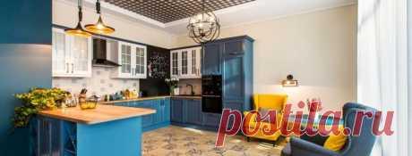 Натяжные потолки для кухни: фото-идеи привлекательного обустройства помещения   Организовывая интерьер кухню, вы должны позаботиться о материале для пола, стен, а также потолка. Все поверхности составляют важную часть помещения, таким образом к проектированию дизайна комнаты ст…
