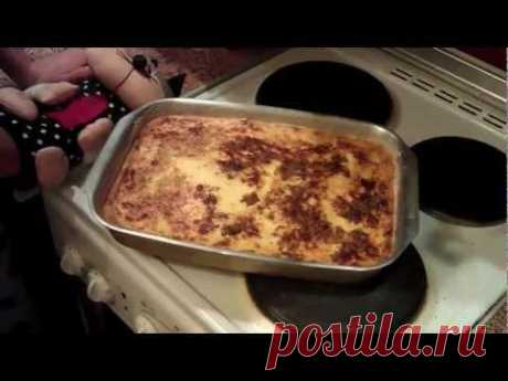 """The classical recipe of cottage cheese casserole with raisin. Very easy in preparation, even the child will cope (or absolutely beginning culinary specialist). Consists of simple, available components. On preparation time minimum is required, and taste turns out """"супер домашний"""":) youtube"""