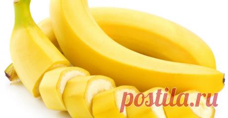 Закипяти бананы с корицей и выпей перед сном Сразу отмечу: этот напиток имеет странный вкус. Многим может не понравиться! Но по воздействию — натуральное лекарство, очень сильное. Моментально восстановит организм и поставит на ноги! Такойбанановый коктейльделается в два …