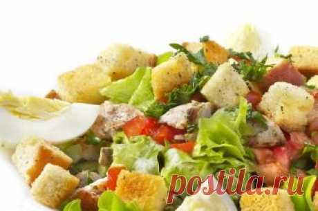 Салат з сухариками і ковбасою - як приготувати | Смачно Простий рецепт приготування салату з сухариками і ковбасою. Дивіться процес приготування салату з сухариків і ковбаси на Smachno.ua