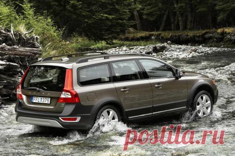 Надежный семейный авто, по цене «Лады Гранты», только с «неубиваемым» двигателем и полным приводом   АВТОПАТИ — автомобильный журнал   Яндекс Дзен