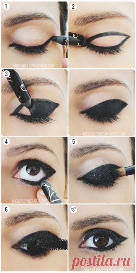 "15 options of an eyeliner which will make your look stunning | the Darling I to change style are not obligatory to buy a great lot of new things at all or to change a hairdress. It is sometimes rather simple to try a new make-up! Key in it — eyes. If you are ready to experiment, then you were lucky because today we will present you whole 15 ""recipes\"" on creation of a stylish and unusual make-up for eyes. Remember and try! 1. Black will never get out of fashion if you swept away..."