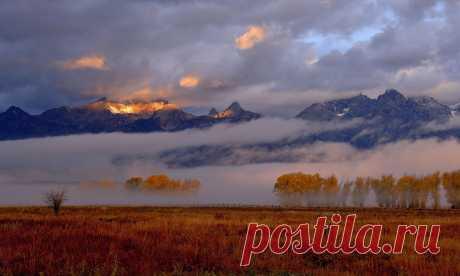 Осеннее утро в горах
