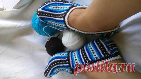 Las zapatillas. El Autor - Natalia S | el Pelotón