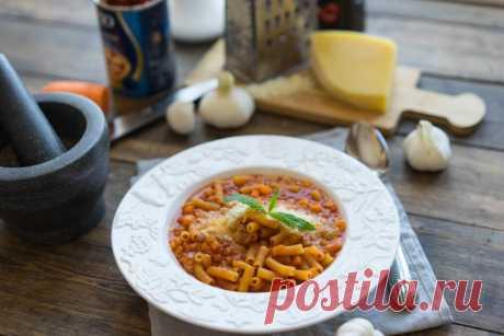 Паста в собственном соку с фасолью и томатным соусом🍅