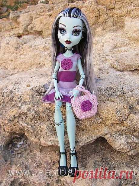 Платье и вязаная крючком сумочка для куклы Монстер Хай Monster High   Самошвейка - сайт для любителей шитья и рукоделия