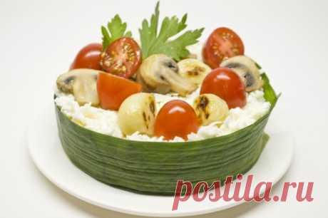 Праздничный салат с сыром и запеченным чесноком. Пошаговый рецепт с фото - Ботаничка.ru