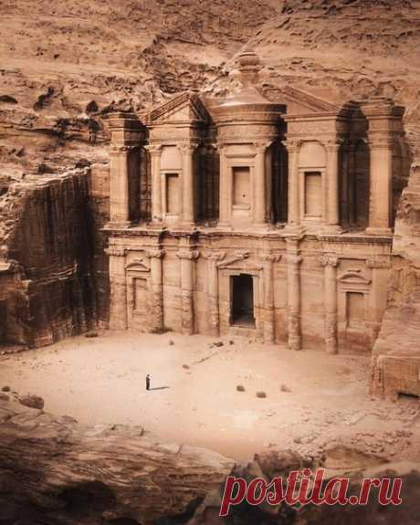#Иордания@discoverygroup
