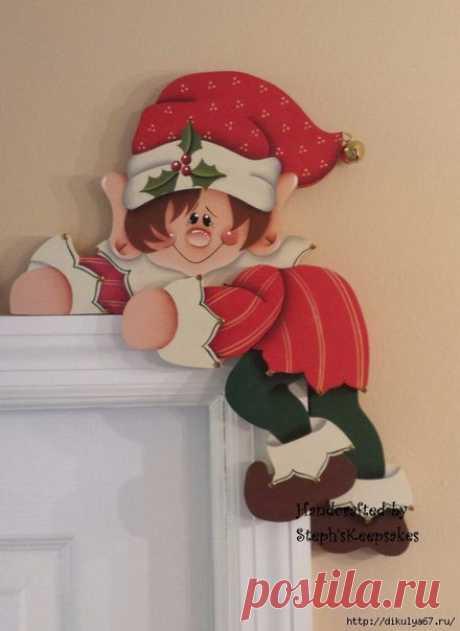 Забавные идеи оформления дверей к Рождеству и Новому году.